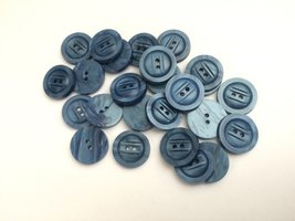 blauwe  knopen 18 mm