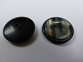 zwarte knoop  27 mm