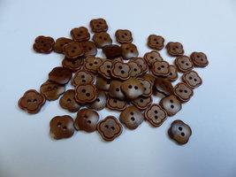 bruine knopen 11x 12 mm