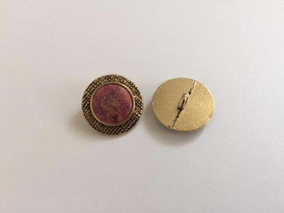 goudkleurige  knoop 20 mm